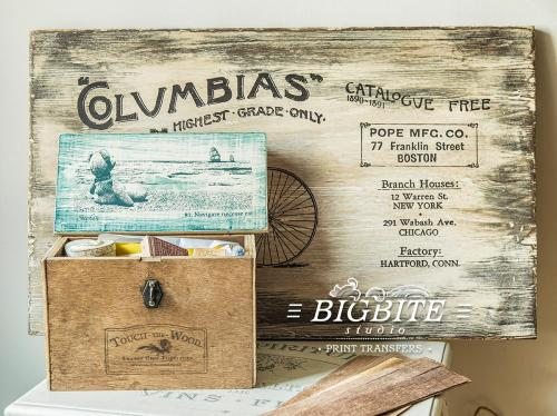 Screen printing:Columbias Bicycles and Stefan on the Beach:Navigare Necesse Est